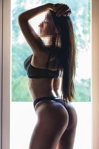 Escort Independiente Latina Tetona Discreta 24H.